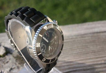 Sakari Watch 3.0